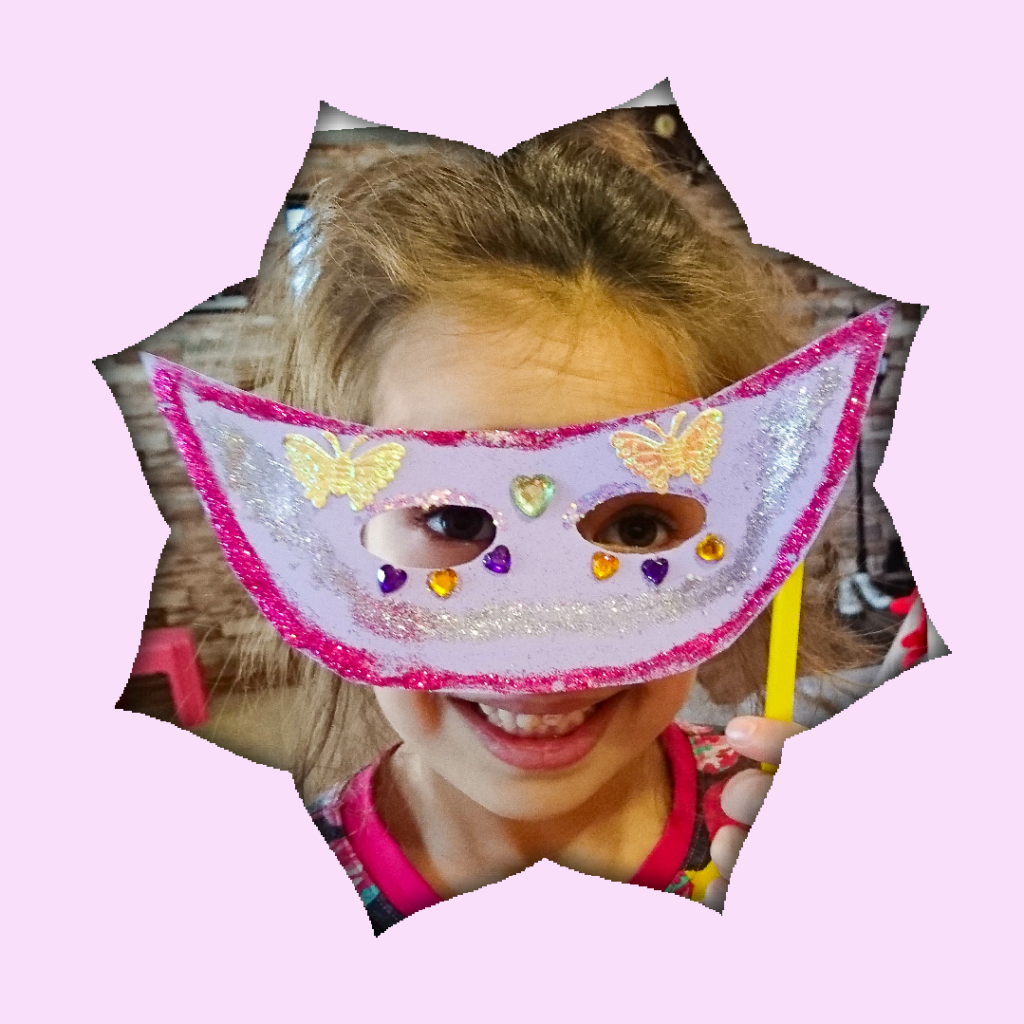 DIY Masca de carnaval - foto blogulmamei.ro
